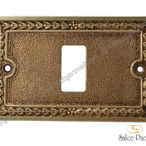 COPRINTERRUTTORE AGRIGENTO PER MAGIC BTICINO POV (Patinato Oro Vecchio)prodotto da SALICE PAOLO